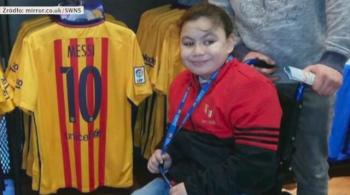Barcelona zawiodła na całej linii. Klub wystawił do wiatru niepełnosprawną dziewczynkę [WIDEO]