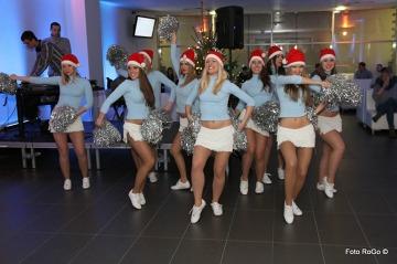 Świąteczny występ dziewczyn z Kolejorz Girls (GALERIA)