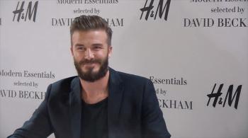 Beckham promuje nową kolekcję H&M (WIDEO)