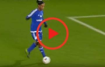 Zagranie weekendu | Techniczne popisy Ronaldinho w meczu charytatywnym! [WIDEO]