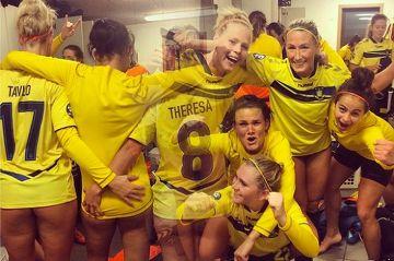 Pokazały gołe pupy! Piłkarki Broendby tak świętowały zwycięstwo (WIDEO)