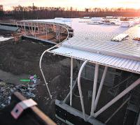 Terminal lotniska w Świdniku już pod dachem
