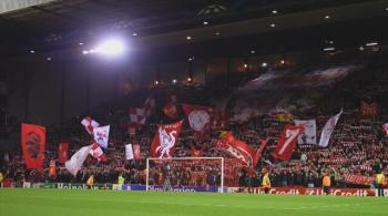 Kibice Liverpoolu opuścili trybuny w 77. minucie meczu. To protest przeciwko nowym cenom biletów [WIDEO]
