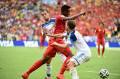 29. Divock Origi (Liverpool, na wypożyczeniu w Lille, Belgia, napastnik, 19 lat) – Pokazał swój potencjał na Mistrzostwach Świata w Brazylii, zdobył bramkę, szybko odnalazł się w drużynie Marca Wilmotsa. Jest bardzo szybki i silny. Fani Liverpoolu, po kiepskim początku sezonu ich drużyny, liczyli na ściągnięcie Origiego z Lille. Nie doszło do tego. Niewykluczone jednak, że wkrótce 19-latek pojawi się na Anfield.