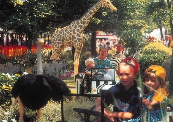 Dzieci czekały na wyjazd do Legolandu