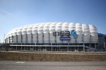 Stadion Lecha Poznań zamknięty. UEFA ukarała klub z Wielkopolski (WIDEO)