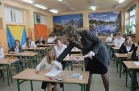 Nauczyciele omawiają poziom trudności zadań na sprawdzianie szóstoklasisty 2014 [WIDEO]