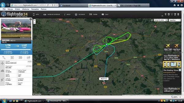 Skan flightradar24.com