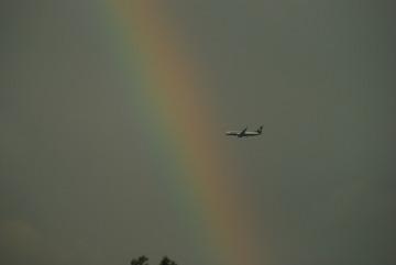 Ryanair na tle tęczy na lubelskim niebie