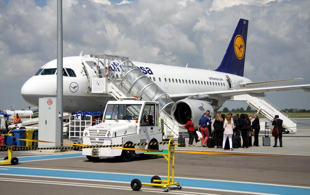 Samolot Lufthansy wylądował w Lublinie. Połączenie z Frankfurtem dwa razy w tygodniu (ZDJĘCIA)