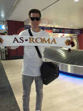 Wojciech Szczęsny wylądował w Rzymie. Dzisiaj testy medyczne (ZDJĘCIE)