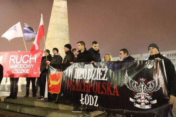 Manifestacja na pl. Wolności