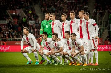 """Polska awansuje do pierwszej 30-ki rankingu FIFA. """"To budujące"""""""