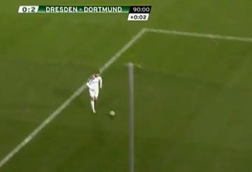 """Asysta """"Kuby"""" w meczu Pucharu Niemiec - wyłożył piłkę Immobile jak na tacy (WIDEO)"""