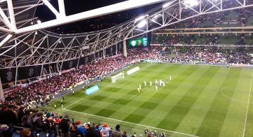 """""""Dziękujemy, dziękujemy"""" - polscy kibice po meczu z Irlandią (WIDEO)"""