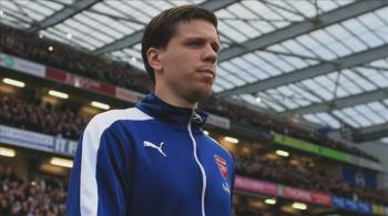"""Szczęsny wrócił do bramki Arsenalu. Kibice śpiewali: """"On pali, kiedy chce"""" (WIDEO)"""