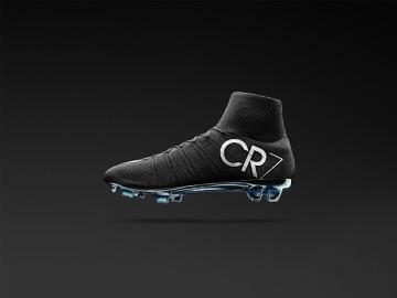 """W tych """"kosmicznych"""" butach Ronaldo zagra w Gran Derbi! (ZDJĘCIA)"""