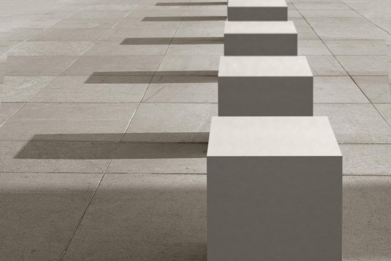 Libet wprowadził do swojej oferty elementy z betonu architektonicznego do aranżacji przestrzeni publicznej. Adresowana do architektów i inwestorów kolekcja nosi nazwę Libet Stampo. Kostki, płyty, ławy produkowane są w małych seriach na specjalne zamówienie i według indywidualnego projektu.