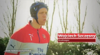 Wenger zamawia Cecha u Mourinho, Szczęsny zakłada kask. Internauci zareagowali na transfer bramkarza