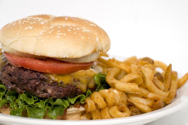Najbardziej szkodliwe dla wątroby są tłuste, ciężkostrawne potrawy