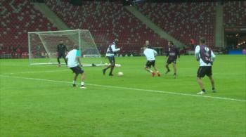Grzegorz Krychowiak i jego Sevilla trenowali na Stadionie Narodowym (WIDEO)