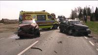 Wypadek w Kokaninie na drodze krajowej nr 25. Trzy osoby ranne