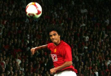 Obrońca Manchesteru United zagra w Olympique Lyon