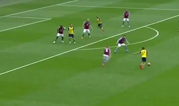Fantastyczny gol Sancheza w finale Pucharu Anglii (WIDEO)