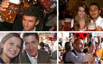 Zasłużyli! Piłkarze Bayernu ze swoimi partnerkami bawią się na Oktoberfeście [ZDJĘCIA, WIDEO]