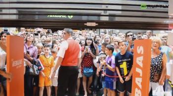 W Realu już go nie chcieli, ale kibice wciąż go kochają. Tłumy madrytczyków na spotkaniu z Casillasem (WIDEO)