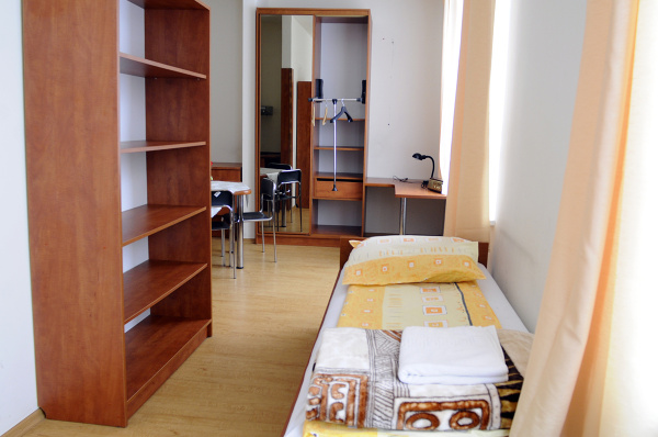 Public Dorms In Warsaw For Students
