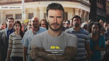 Ukryty talent Davida Beckhama? Były piłkarz Realu znów wystąpił w reklamie (WIDEO)