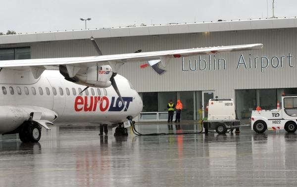 Samolot Eurolotu na Lotnisku Lublin