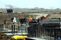 Praca na budowie terminalu lotniska w Świdniku wre