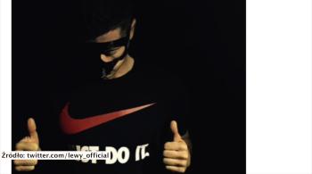 """""""Gotowy na kolejne wyzwanie!"""" Lewandowski prezentuje maskę, Bayern zachowuje ostrożność (WIDEO)"""
