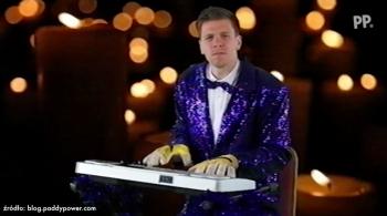 Wojciech Szczęsny wystąpił w parodii Eurowizji. Jak wypadł? (WIDEO)