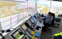 Zobacz jak wygląda wieża kontroli lotów na lubelskim lotnisku (ZDJĘCIA, WIDEO)