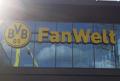 Z wizytą w sklepie Borussii Dortmund. Do kupienia nawet kosiarka! (WIDEO)