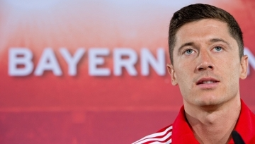 """Po transferze """"Lewego"""" Bayern urósł w siłę, BVB się posypała (WIDEO)"""
