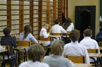 Sprawdzian Szóstoklasisty 2015. Szóstoklasiści powtórzą test, bo dyrektorka poprawiała prace uczniów [WIDEO]