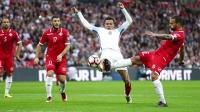 """""""W wieku 20 lat ma świat u stóp"""". Anglia doczekała się talentu na miarę Ronaldo i Messiego?"""